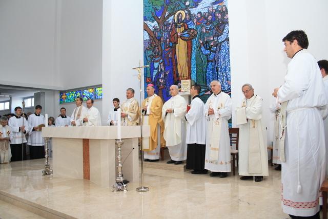 Gradimo crkvu (II)